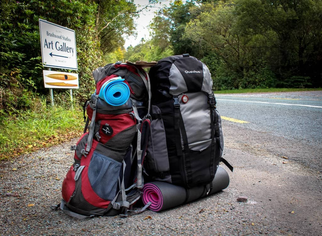 How to pack for a world trip – Man vs Woman