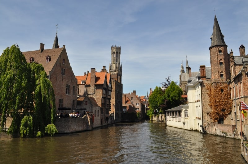 Hitchhiking a gondola in Venice - Bruges - Journal of Nomads
