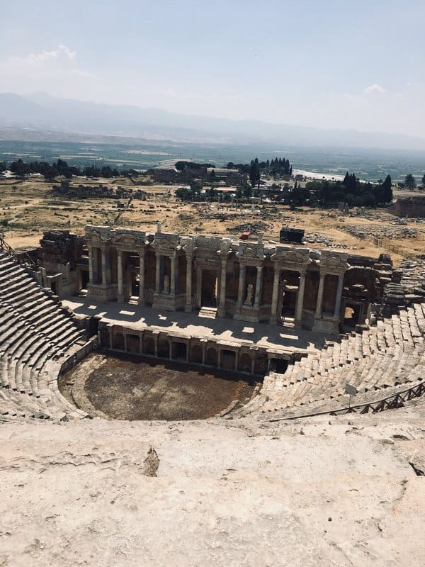 how to visit the amphitheater in hierapolis