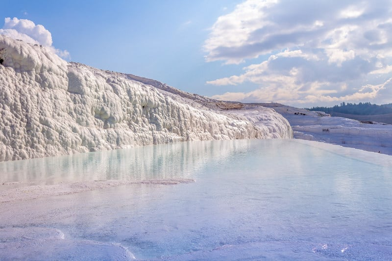 when is pamukkale open?