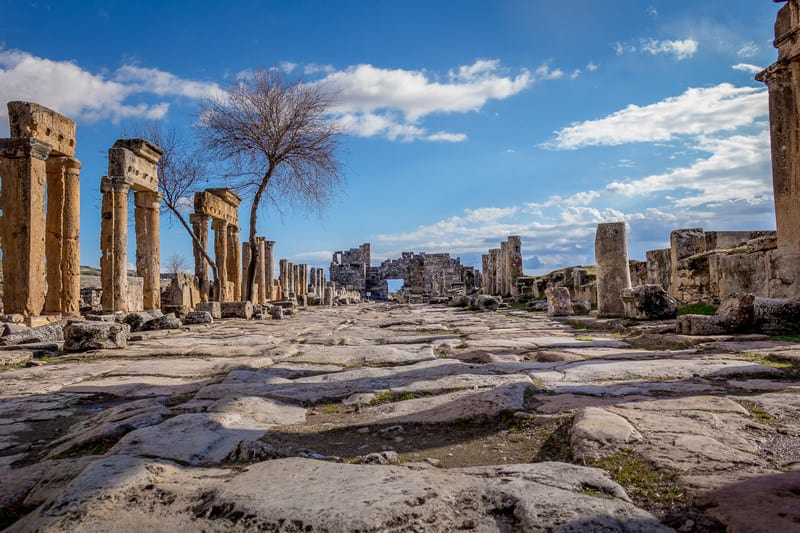 things to see in Hierapolis