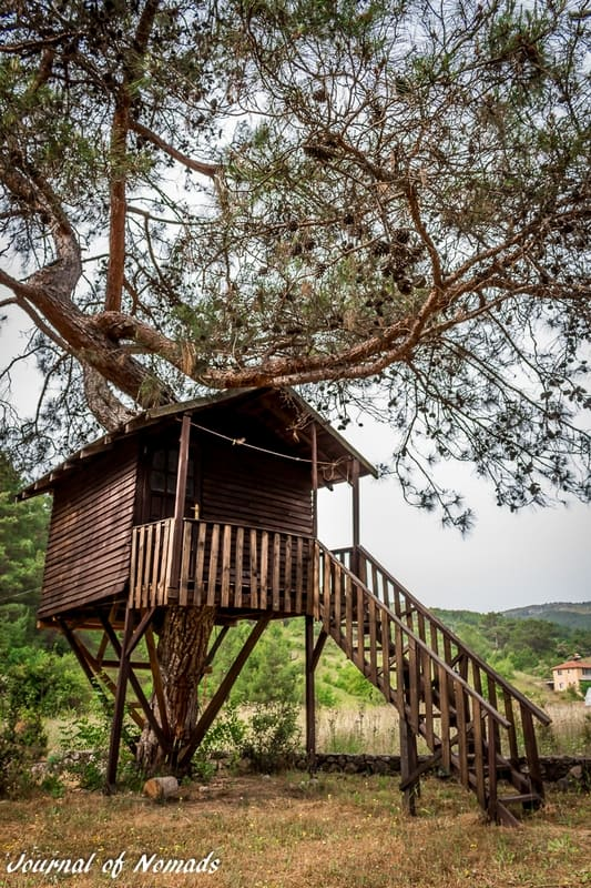 Backpacking Turkey on a budget - Tree house - Olympos -Journal of Nomads