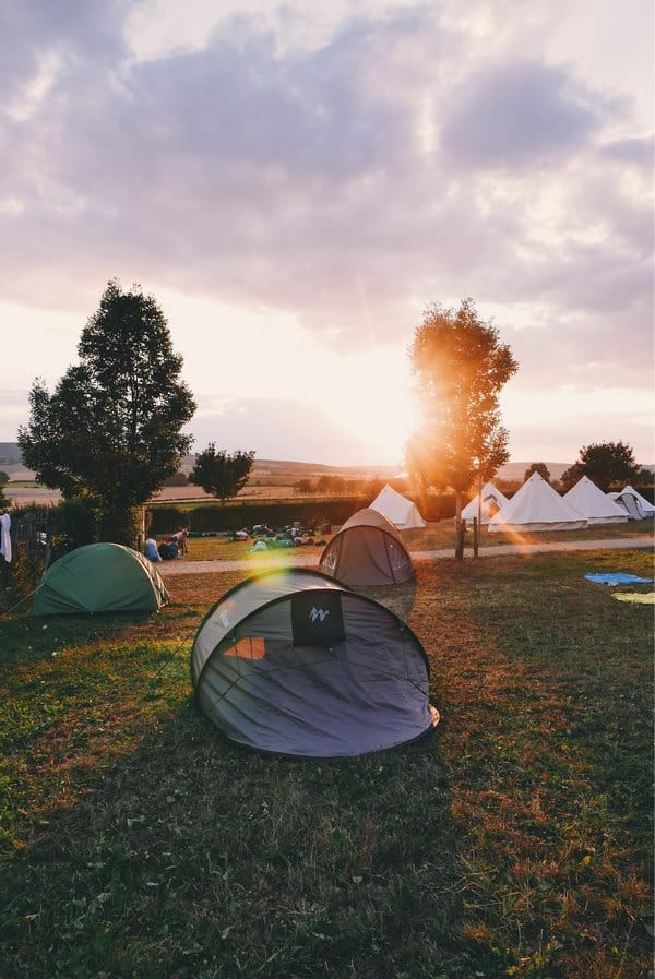 Hostel work / Campsite work - Travel jobs - make money while traveling - Journal of Nomads