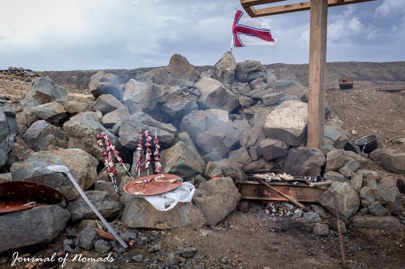 Georgian cuisine - mtsvadi - Journal of Nomads