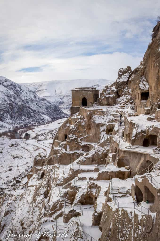 Backpacking in Georgia - everything you need to know - Journal of Nomads - Vardzia in winter