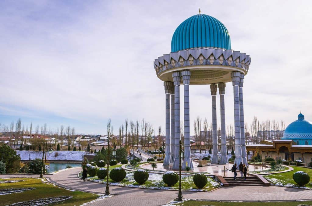 Backpacking to Uzbekistan - Everything you need to know - snow in Tashkent - Journal of Nomads