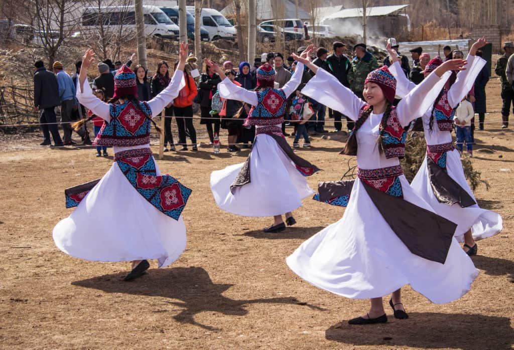 Traditional Kyrgyz dances - Celebrating Nowruz in Kyrgyzstan - Journal of Nomads
