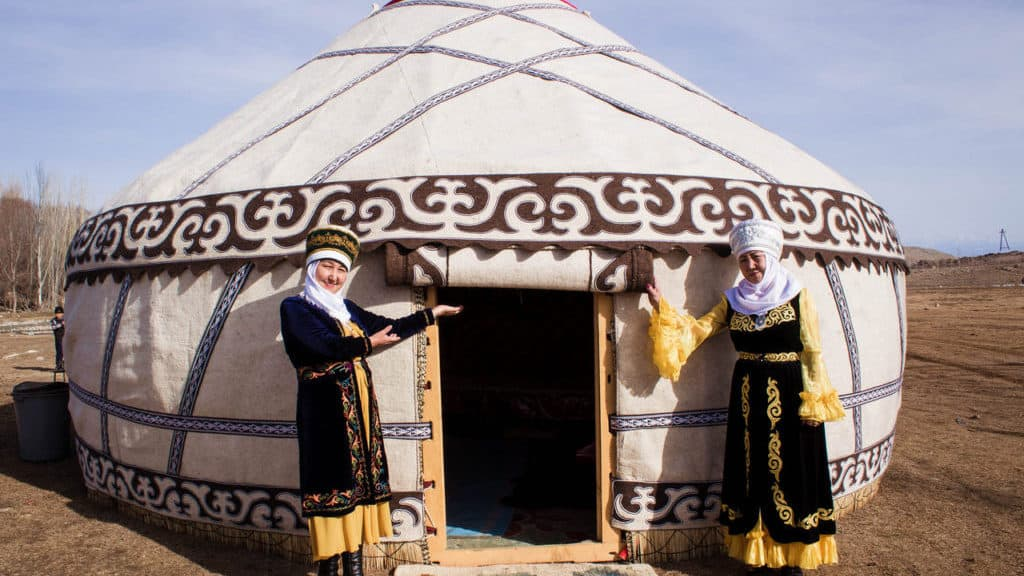 Yurt in Kyrgyzstan - National Games Festival in Kyrgyzstan - Nowruz in Kyrgyzstan - Journal of Nomads