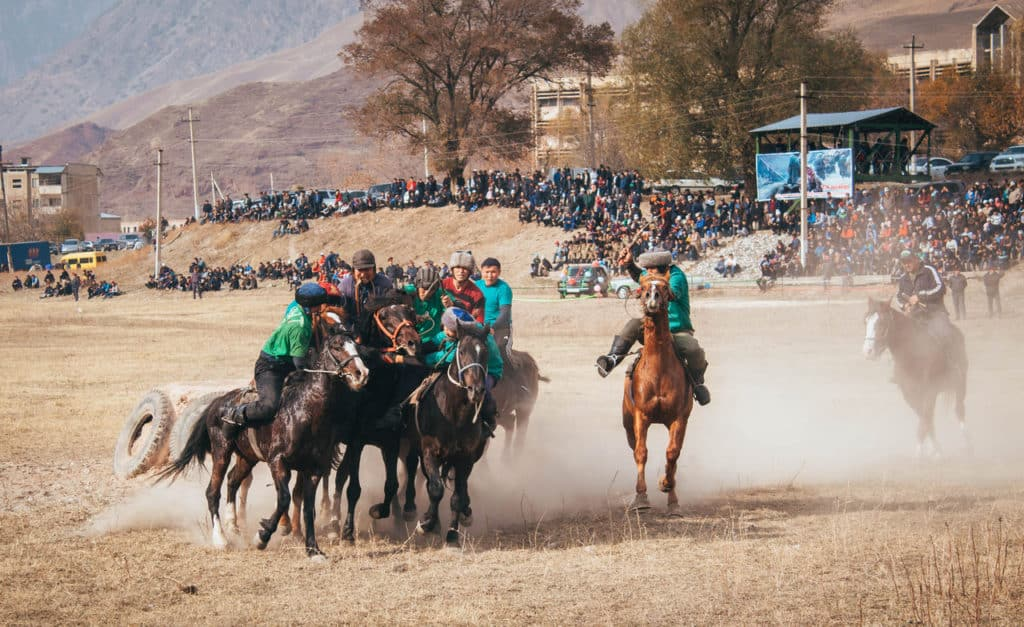 The Ultimate Travel guide for backpacking in Kyrgyzstan - Journal of Nomads - Kok Boru - nomad games in Kyrgyzstan