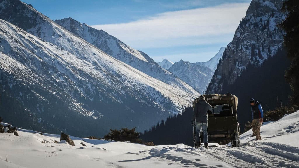 The Ultimate Travel guide for backpacking in Kyrgyzstan - Journal of Nomads - Kyrgyzstan in winter
