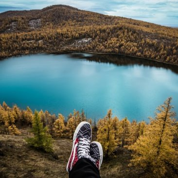 Top 10 Budget Travel Tips for Student Travelers