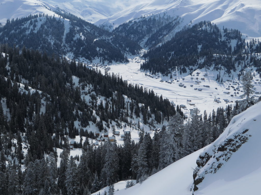 a comprehensive guide to skiing in georgia (country) - journal of nomads