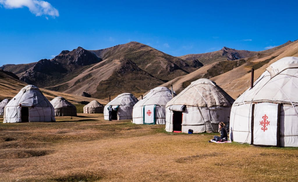 Adventure Tour Kyrgyzstan, Overland Expedition - Tash Rabat
