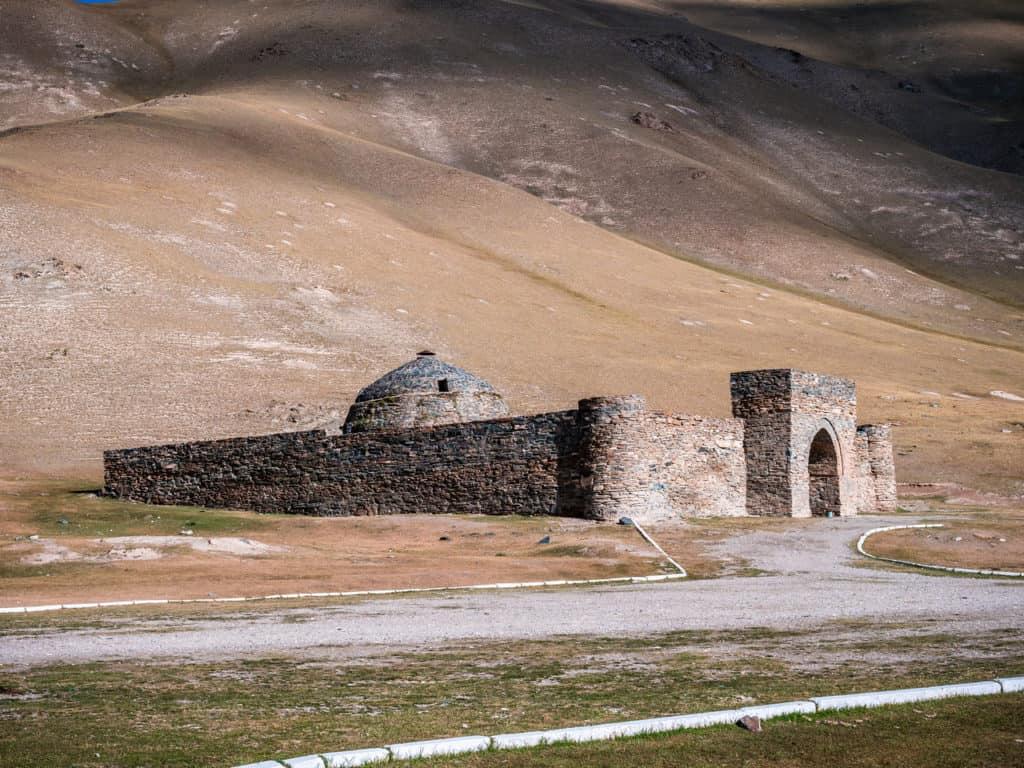 Adventure Tour Kyrgyzstan, Overland Expedition - Tash Rabat