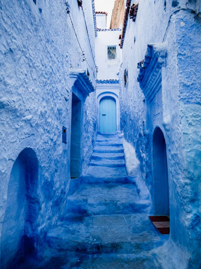 Things to do in and around Chefchaouen, the Blue City of Morocco - streets of Chefchaouen - Get lost in the streets of Chefchaouen - Journal of Nomads