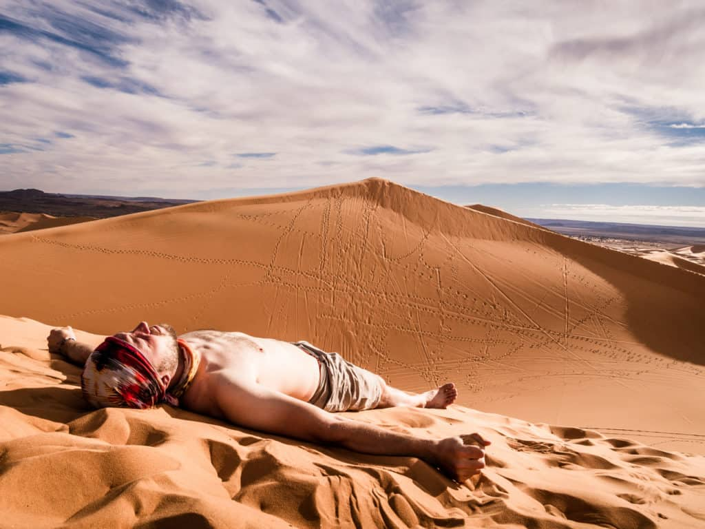 How to plan a desert trip to Merzouga and other fun things to do in the Sahara, Morocco. - Journal of Nomads - What not to wear in the desert