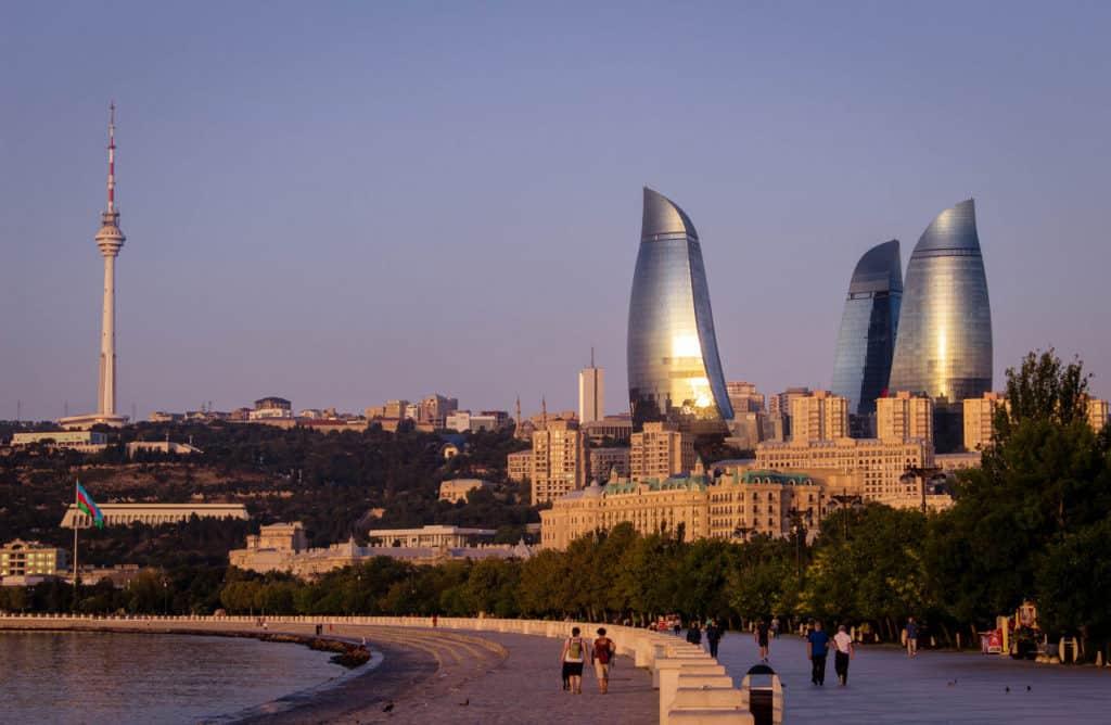 Backpacking in Azerbaijan - Baku - Journal of Nomads