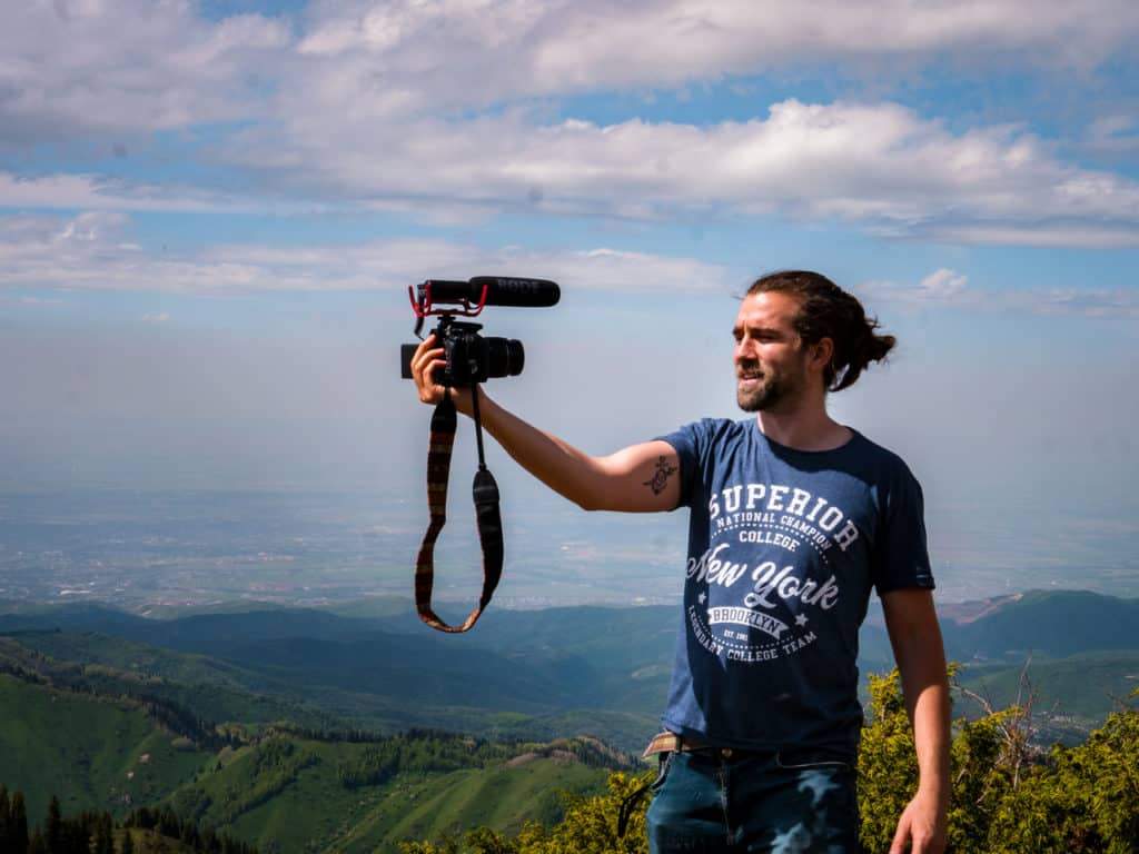 6 tips to start a Travel Video Blog - Journal of Nomads