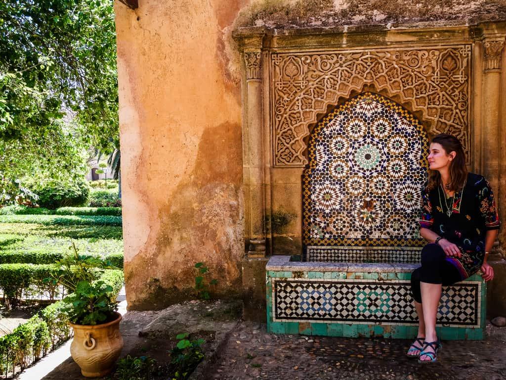 relaxing Andalusian garden Rabat - water fountain andalusian garden - journal of nomads