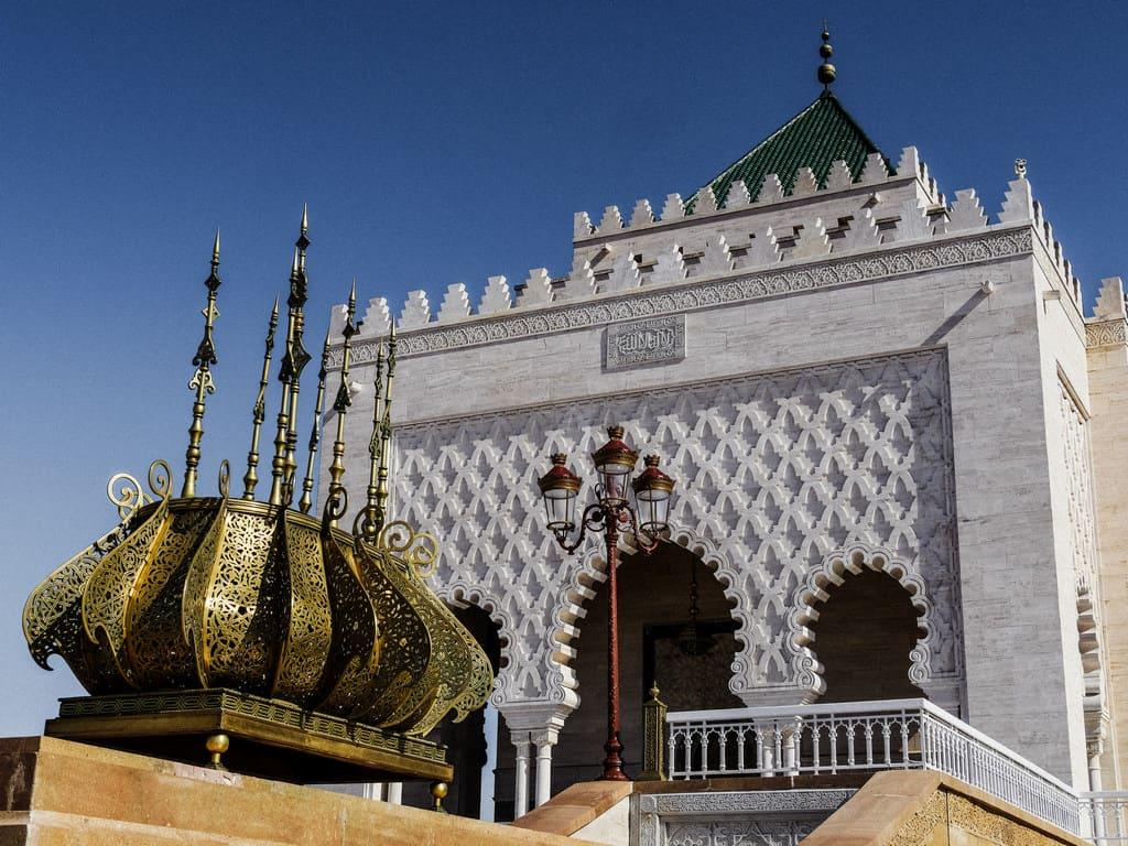 beautiful mausoleum Rabat - mohammed V - journal of nomads