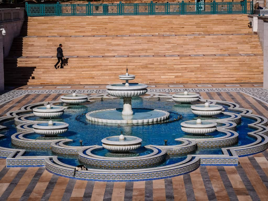 water fountains mausoleum Mohammed V Morocco - journal of nomads