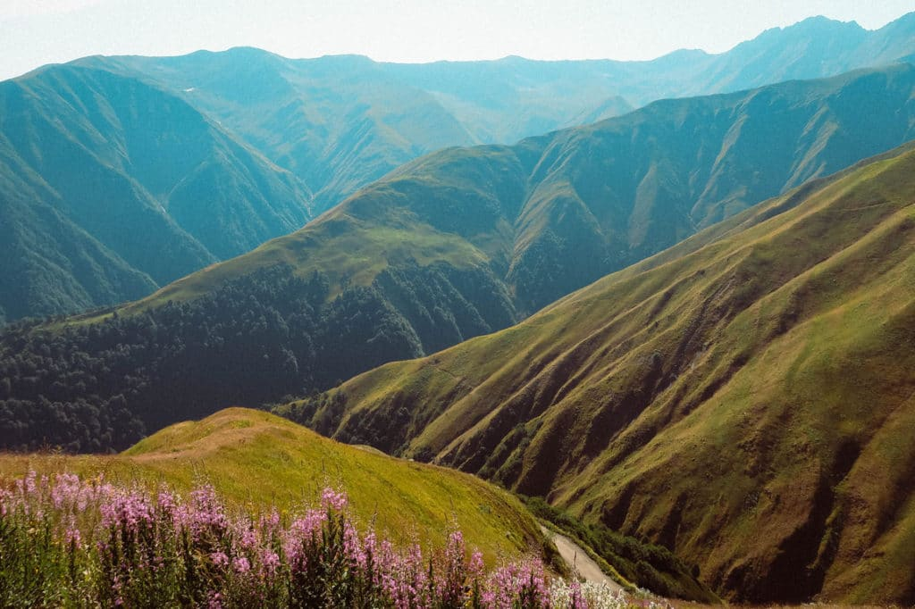 The beautiful mountains of Georgia - Journal of Nomads