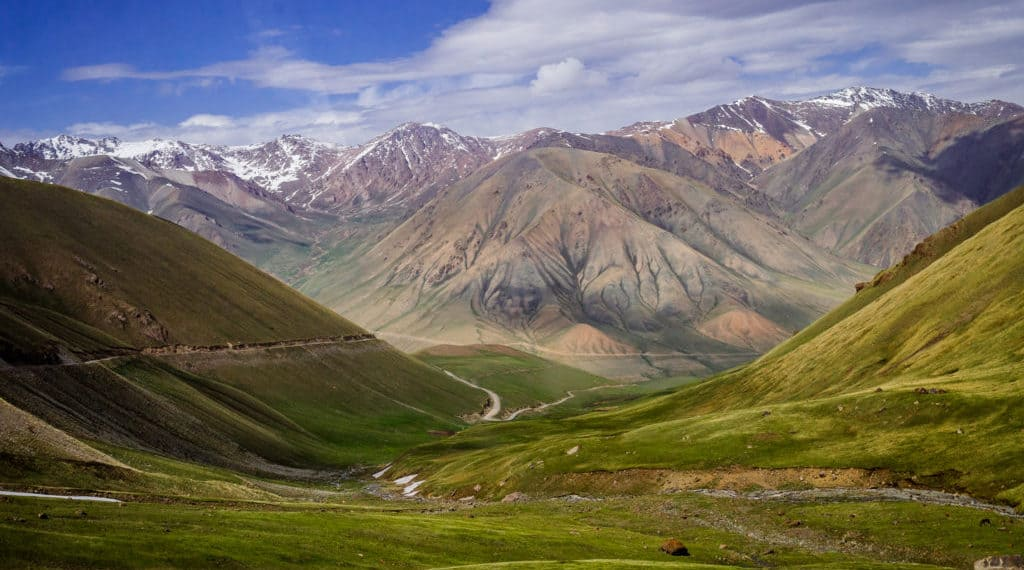 The 15 most beautiful and best places to visit in Kyrgyzstan