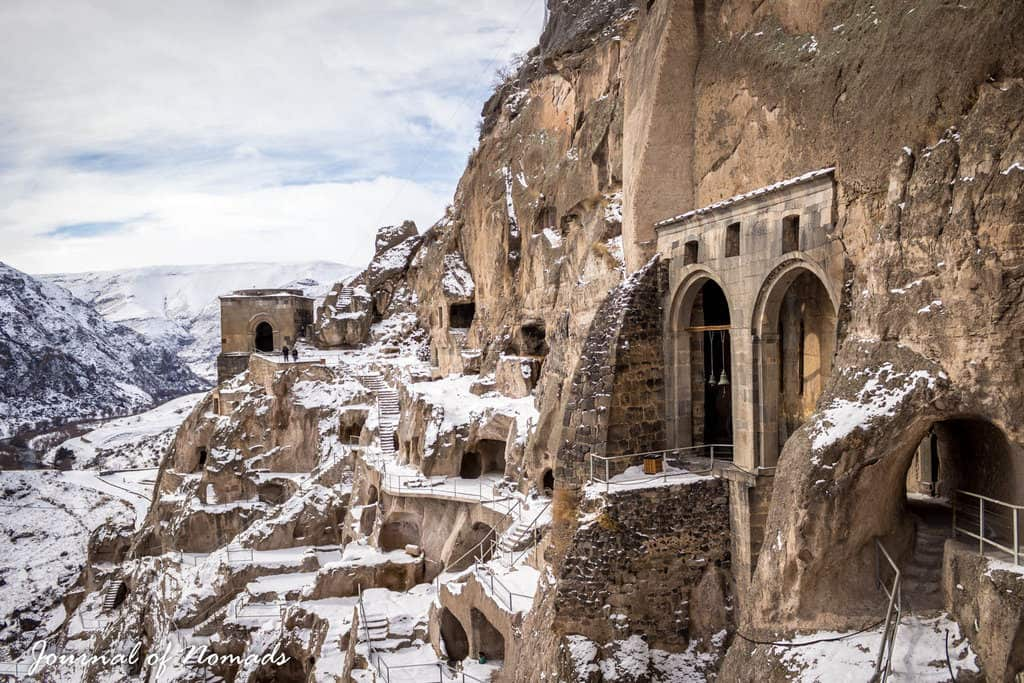 Vardzia, cave city of Georgia - Journal of Nomads