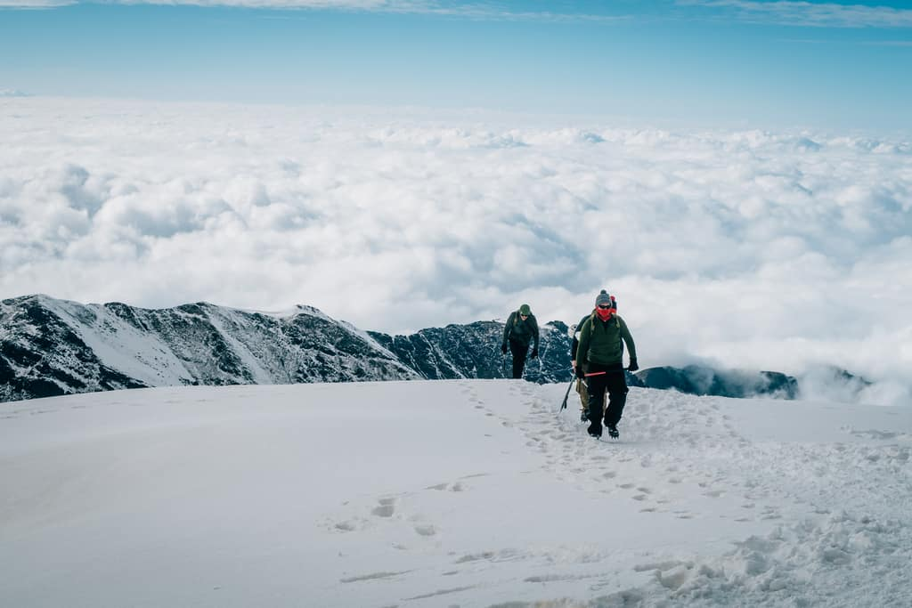 snow on toubkal - cold mount toubkal during winter - winter on toubkal morocco - journal of nomads
