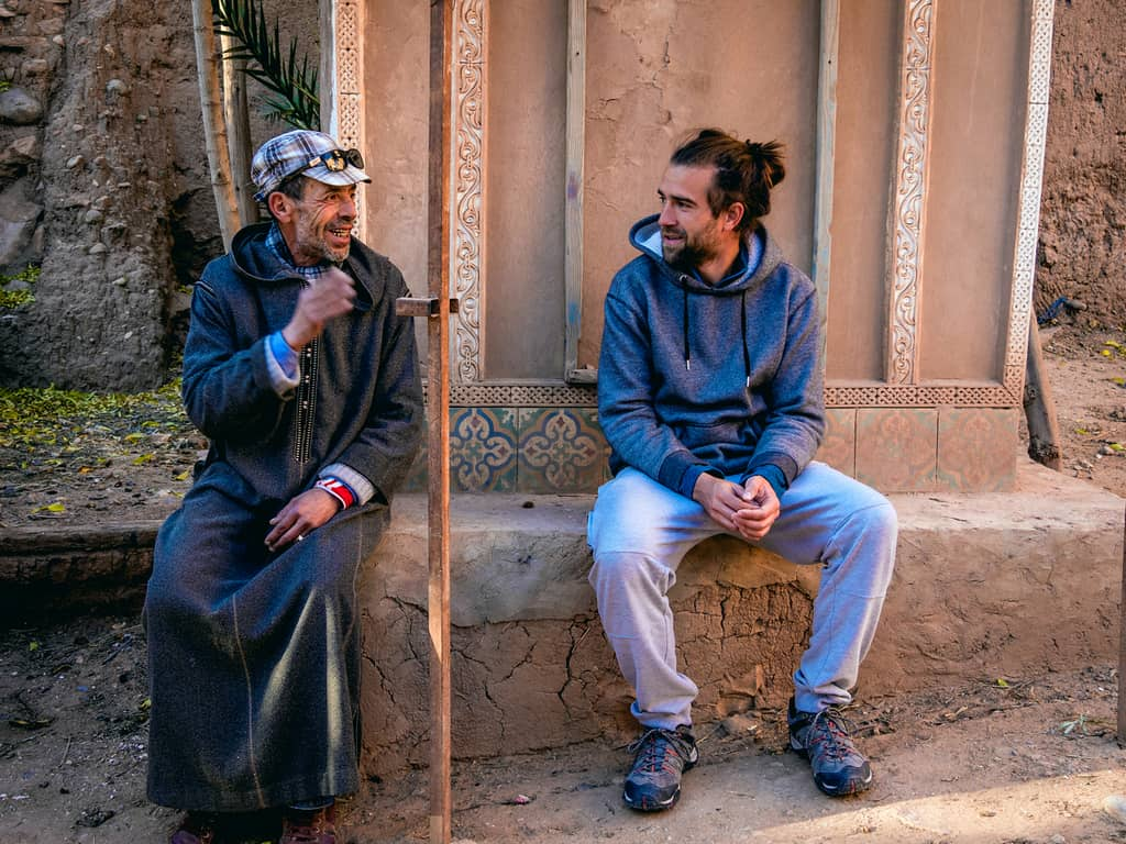 Making friends in Morocco while speaking the local language of Morocco - Journal of Nomads