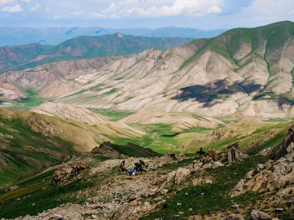 Horse riding in Kyrgystan - horseback trek to Song Kol lake - itinerary - Journal of Nomads