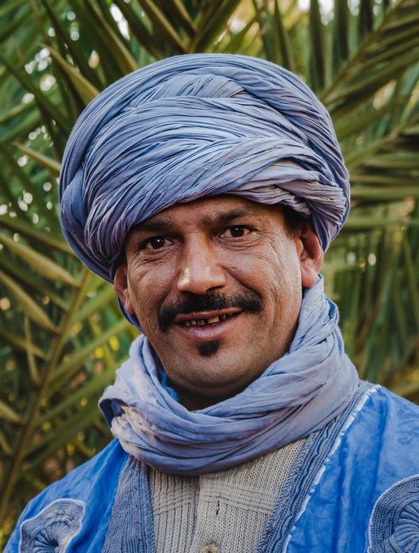 Portrait of Berber man in Sahara desert of Morocco - Journal of Nomad