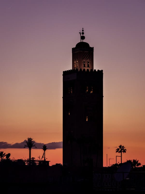 mosque special Ramadan prayers - marrakesh - morocco - journal of nomads