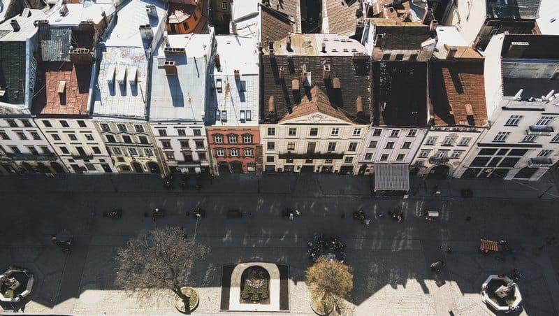 Best budget destinations for first-time travelers - Lviv Ukraine - Journal of Nomads