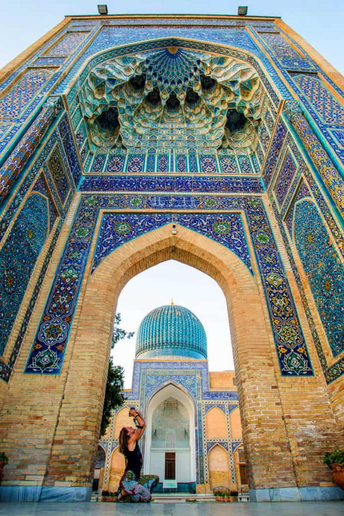 Traveling and Backpacking Uzbekistan - Samarkand - Journal of Nomads