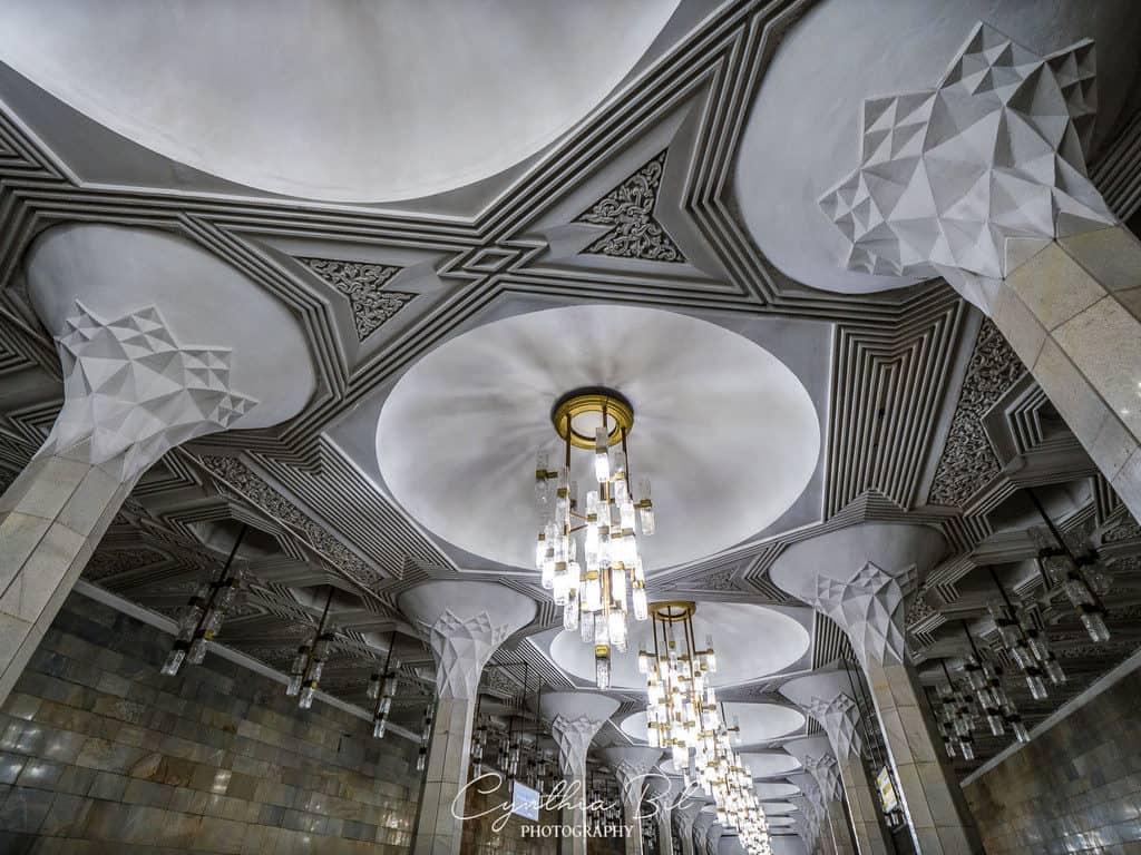 Beautiful metro Tashkentceiling Mustaqillik Maydoni - Tashkent metro Uzbekistan - Journal of Nomads