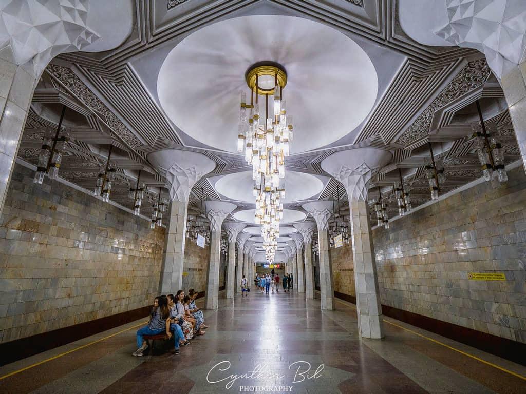 Beautiful metro Tashkent Mustaqillik Maydoni - Tashkent metro Uzbekistan - Journal of Nomads