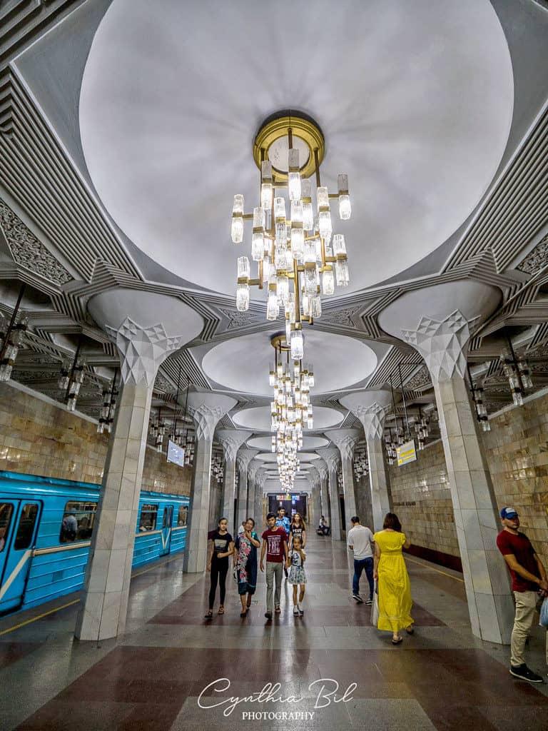 Safety in Metro Tashkent Uzbekistan - Mustaqillik Maydoni Station - Journal of Nomads