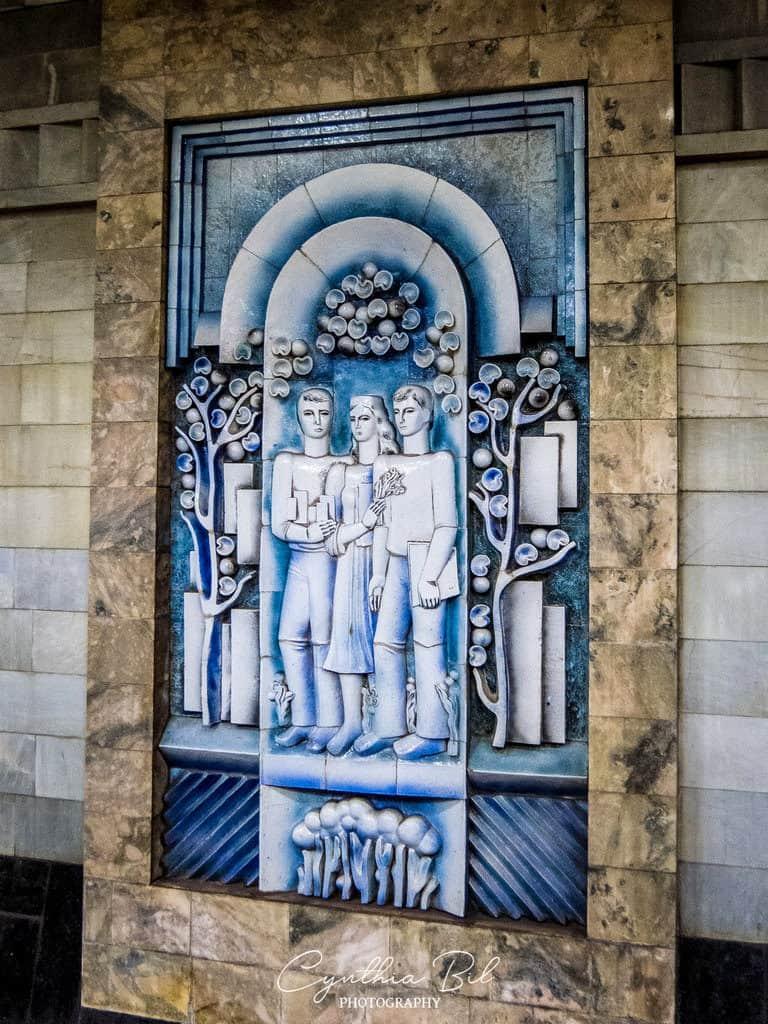 Murals Tashkent metro station Uzbekistan - Journal of Nomads