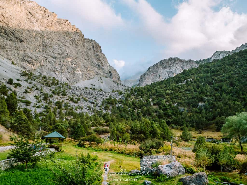 Artuch Alpager Base Camp Fann Mountains