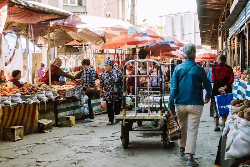 why you should visit the Osh Bazaar
