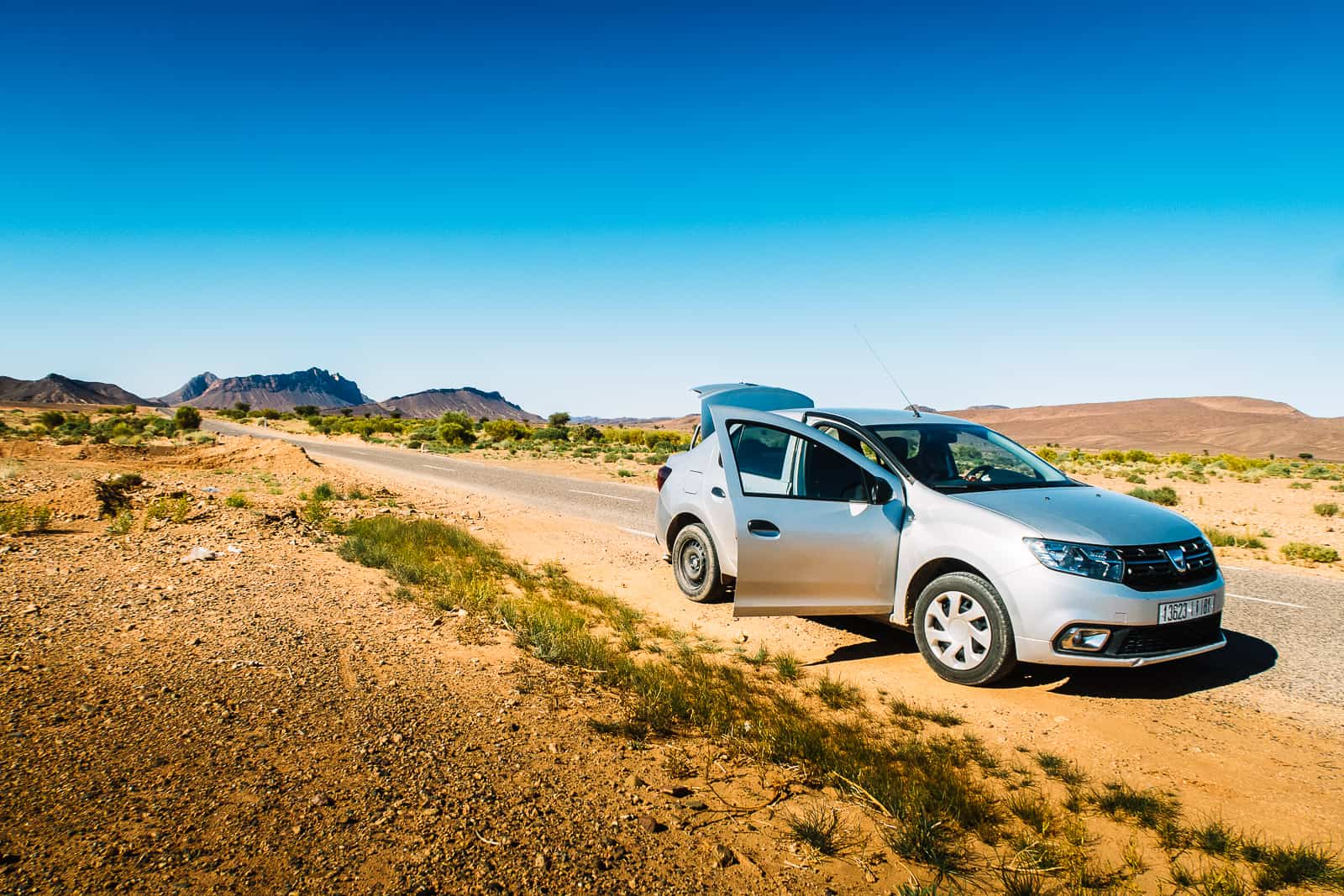 tips to rent a car in Morocco