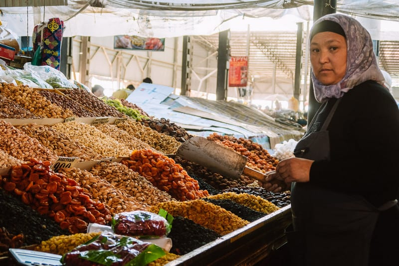 what can you find in Osh bazaar?
