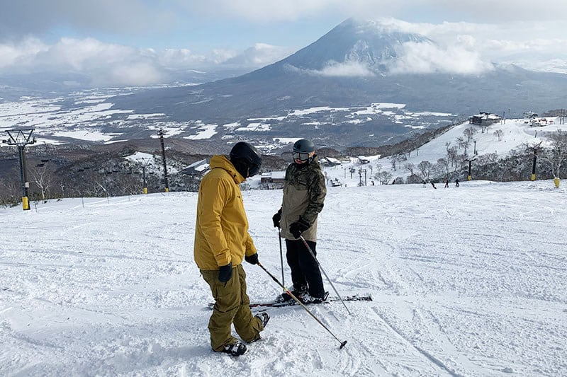 teach skiing in Japan