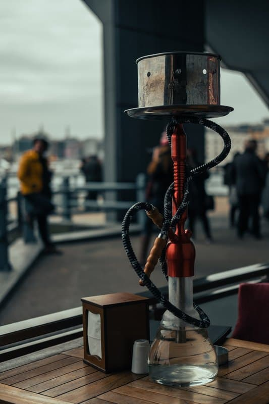 smoking shisha in Istanbul - What are fun things to do in Istanbul