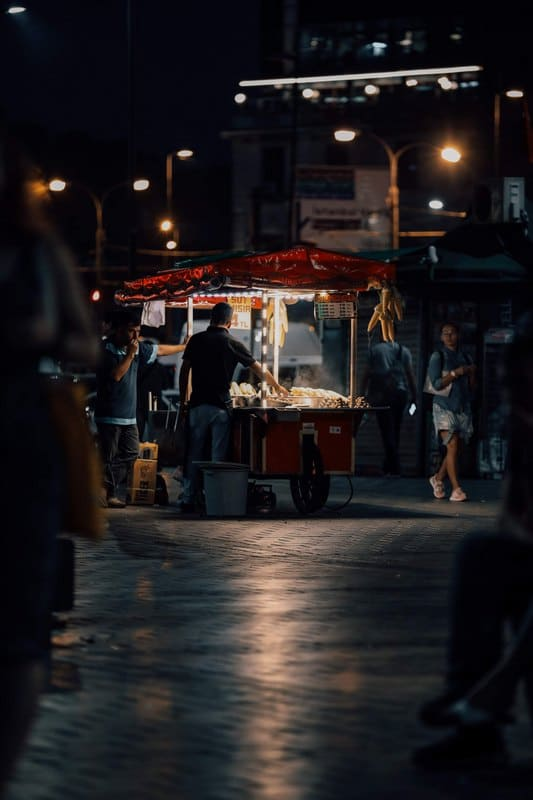 where can you eat street food in Istanbul